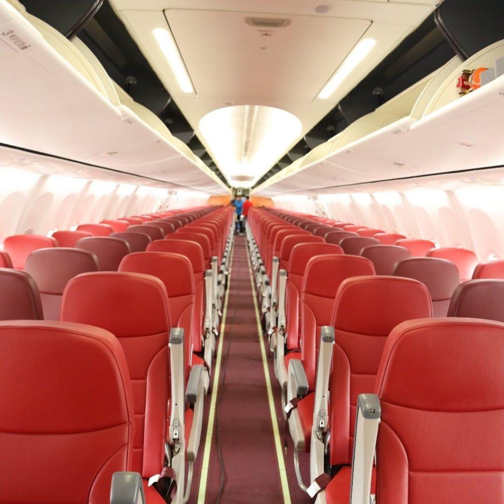 हवाई जहाज में कितनी सीट होती है