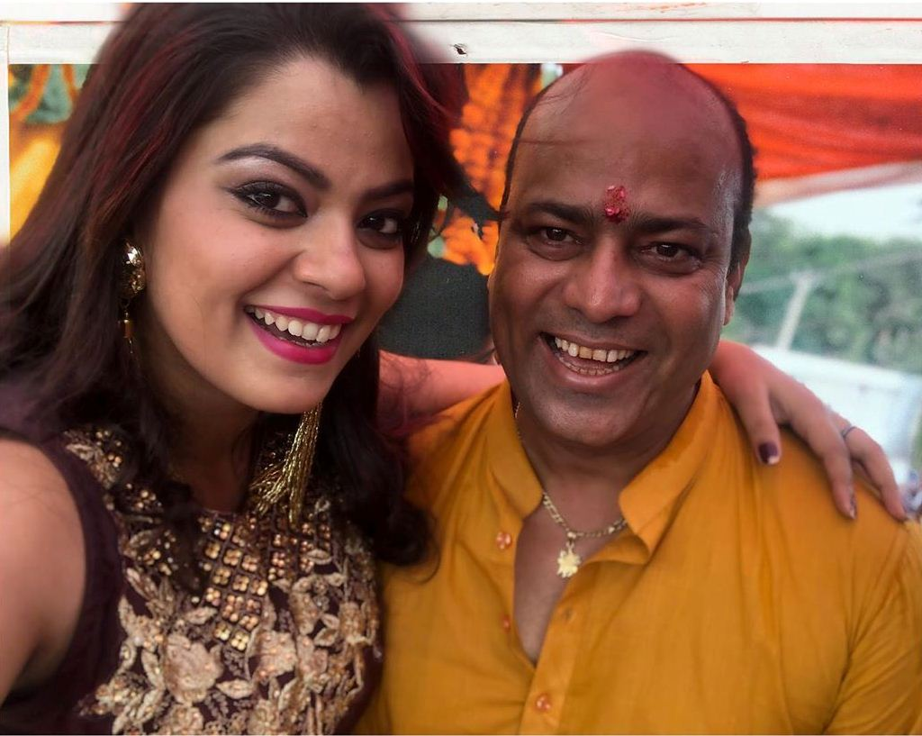 Nidhi jha with Father