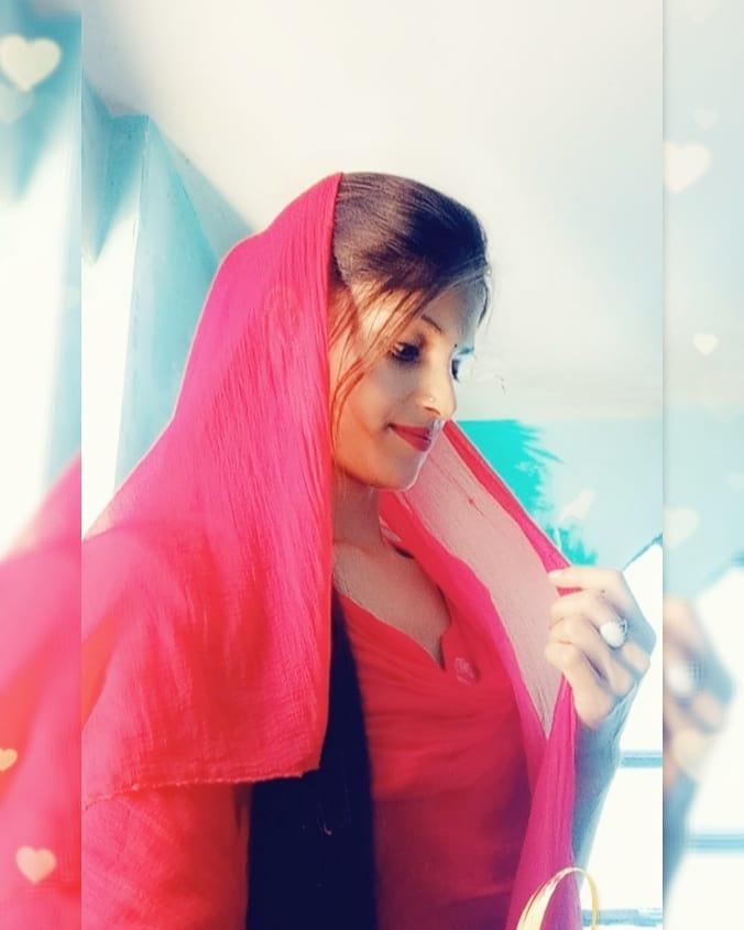 Anisha Ranghar Biography Folk singer of Uttarakhand