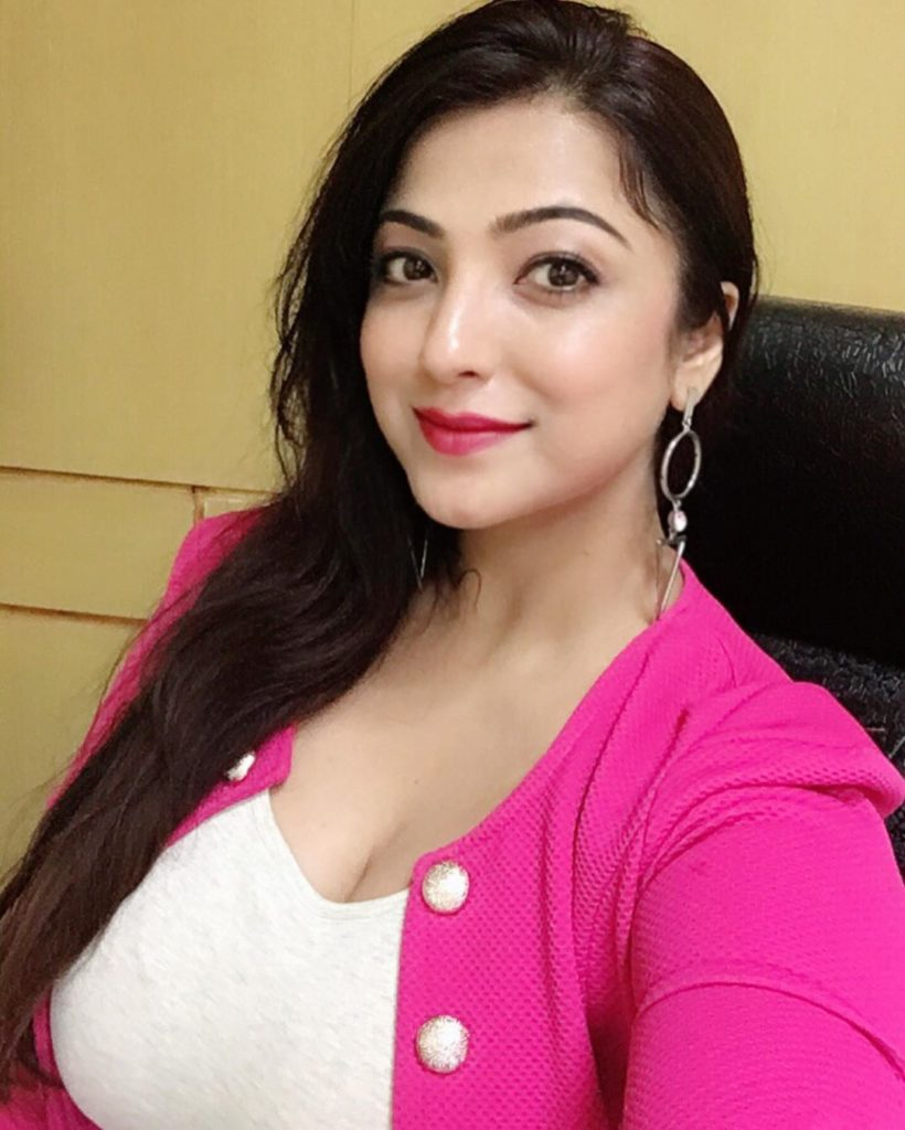 स्वीटी छाबरा जीवनी Sweeti Chhabra biography in hindi