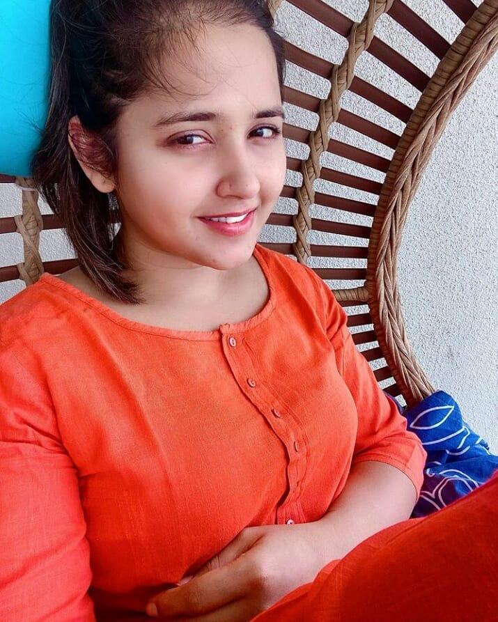 Top 10 Bhojpuri Heroine Name with Photo
