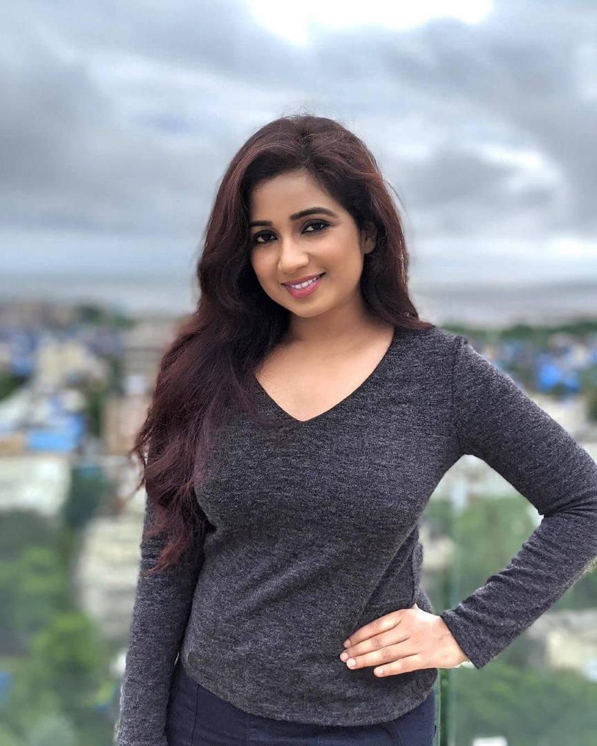Bollywood Female singer name list with Photo
